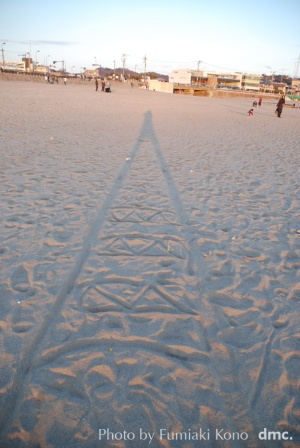 鎌倉材木座 伸びる影
